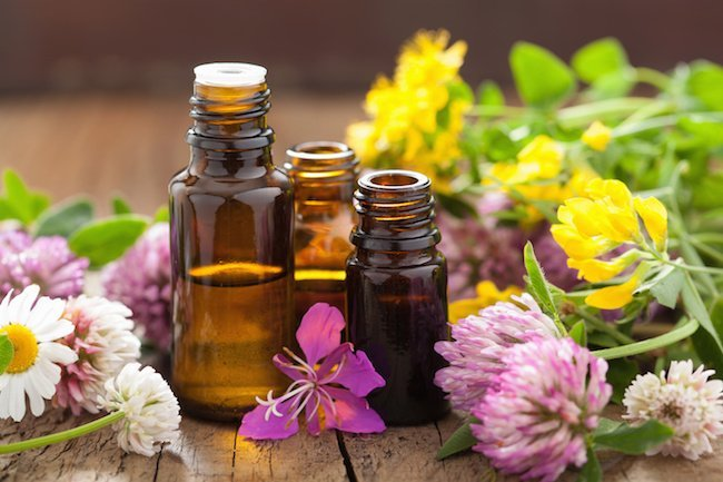 The Essential Oils That Can Naturally Help Heal Brain Injuries