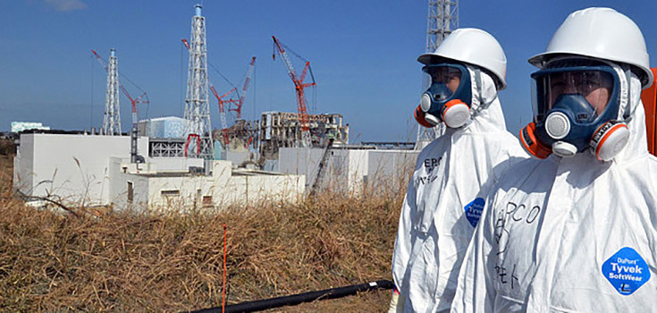 Fukushima_workers_radiation-735-350