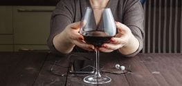 Study: Moderate Drinking Linked with Fewer Heart Problems