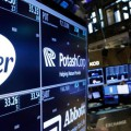 article-pfizer-stock-735-350