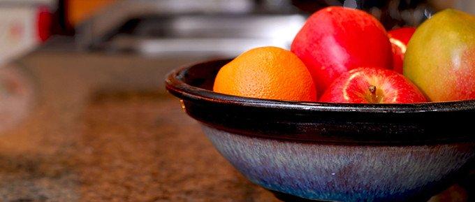 fruit-bowl-kitchen-counter-680