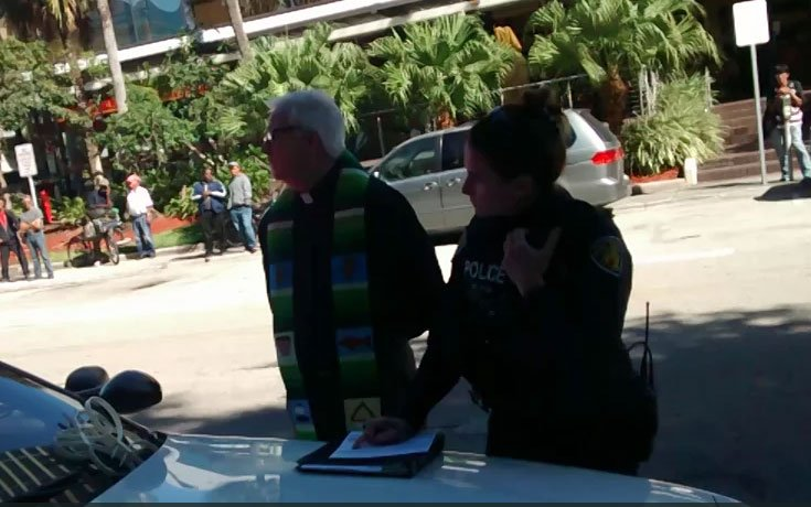 homeless-feeding-priest-arrested