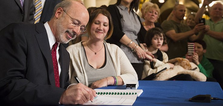 image-governor-wolf-signs-medical-marijuana-bill-735-350