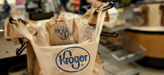 Kroger to Ban Plastic Bags at All its Stores by 2025