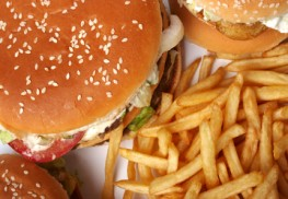Chemicals in Fast Food Wrappers Found in Blood Samples, May Lead to Tumors