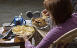 Fatty Processed Foods Trigger Addiction, Brain Damage