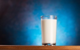 What's in Your Milk? 20+ Painkillers, Antibiotics, and More