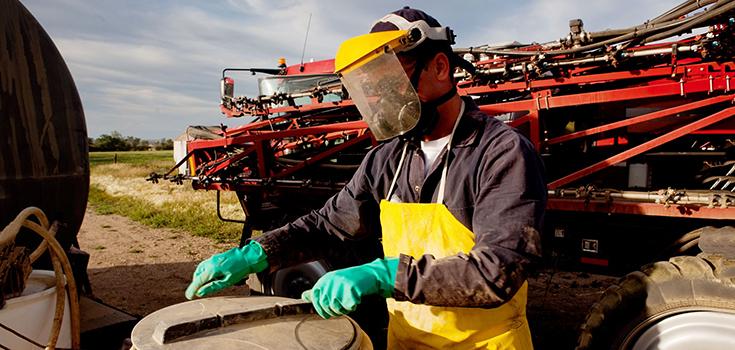 pesticides mixing