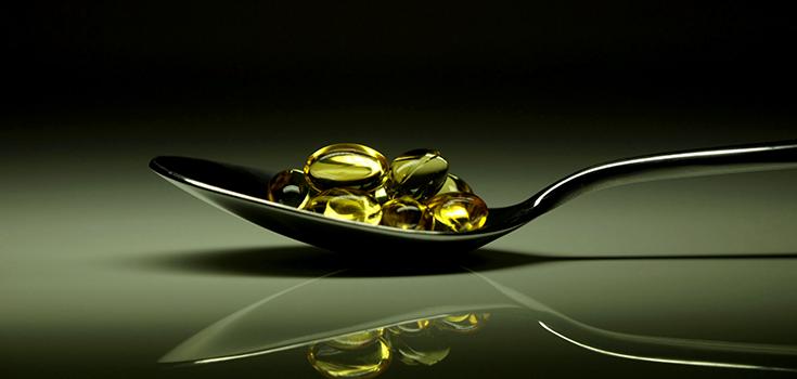 pills_vitamins_spoon_a_735_350-2