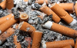 Study Says One in Four Look Down on Smokers