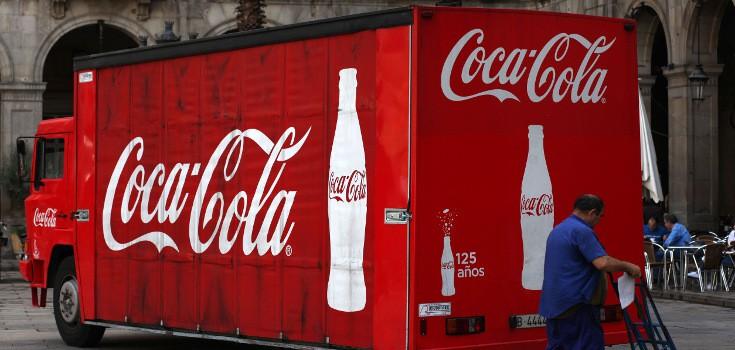 soda_coca_cola_truck_735_350
