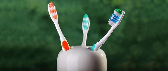 toothbrush-holder-680