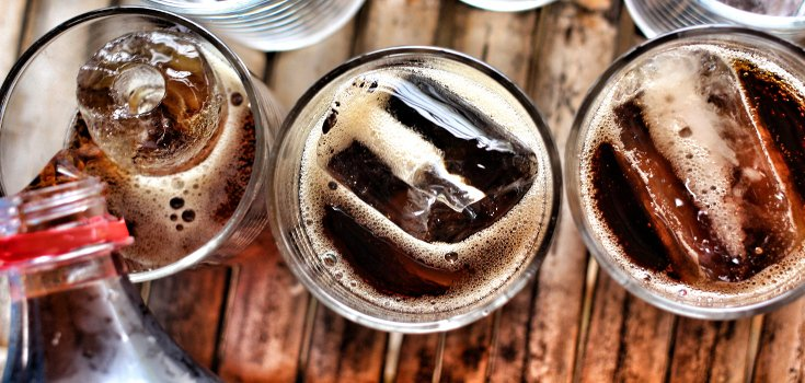 How Diet Sodas Mess With Your Brain (Video)