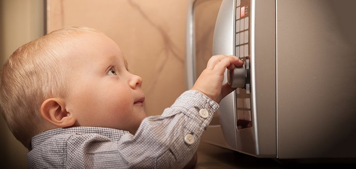 Pediatricians Warn Against Microwaving Kids' Food in Plastic Containers