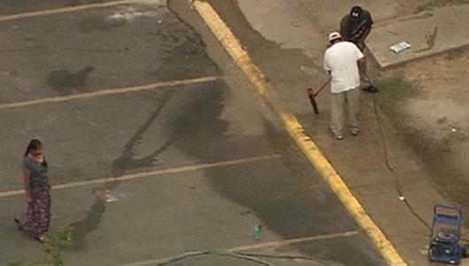 ebola_dallas_vomit_cleanup3