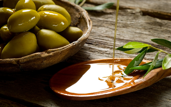 Olive Oil Reduces Risk of Heart Disease and Inflammation