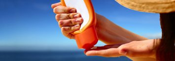 Sunscreen Ingredient Becomes Toxic in Sunlight and Water