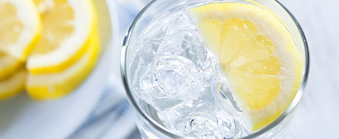 water-warm-lemon-680