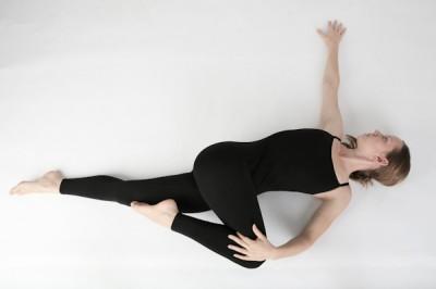 yoga_Spinal_Twist2
